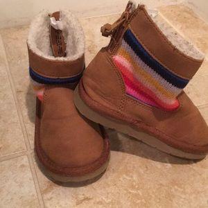 Gap (Ugg style) rainbow boots